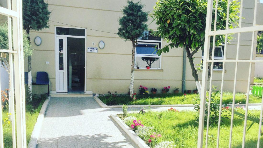 Edukatorja pozitive me COVID-19, një tjetër çerdhe në Tiranë drejt mbylljes